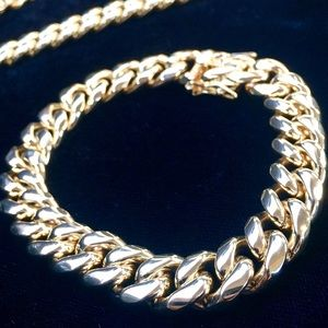 Other - CUBAN LINK 18K GOLD NEW BRACELET MADE IN ITALY!